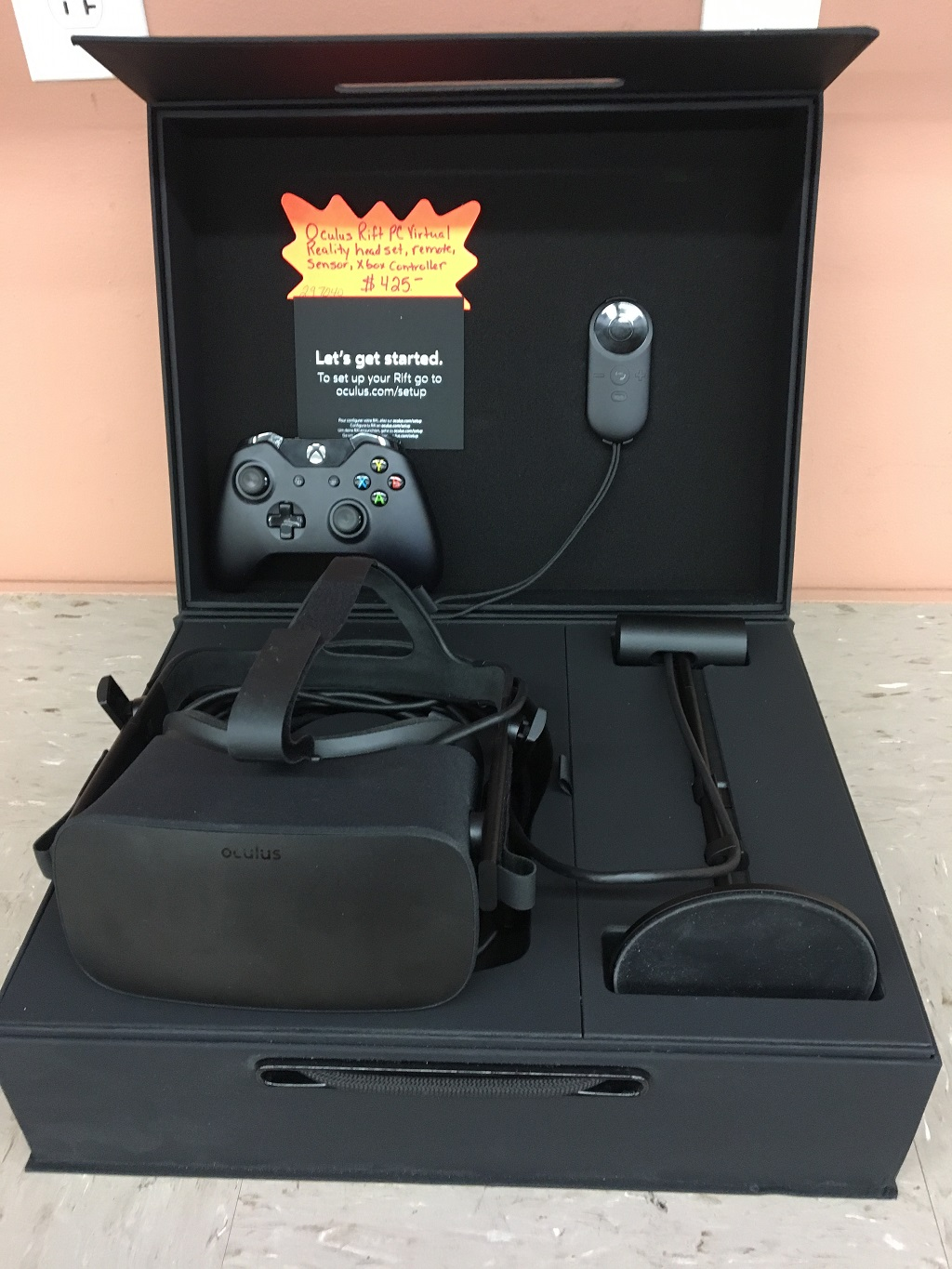 Oculus Rift PC Virtual reality headset. Comes with headset, remote, sensor & XBox one controller $ 425